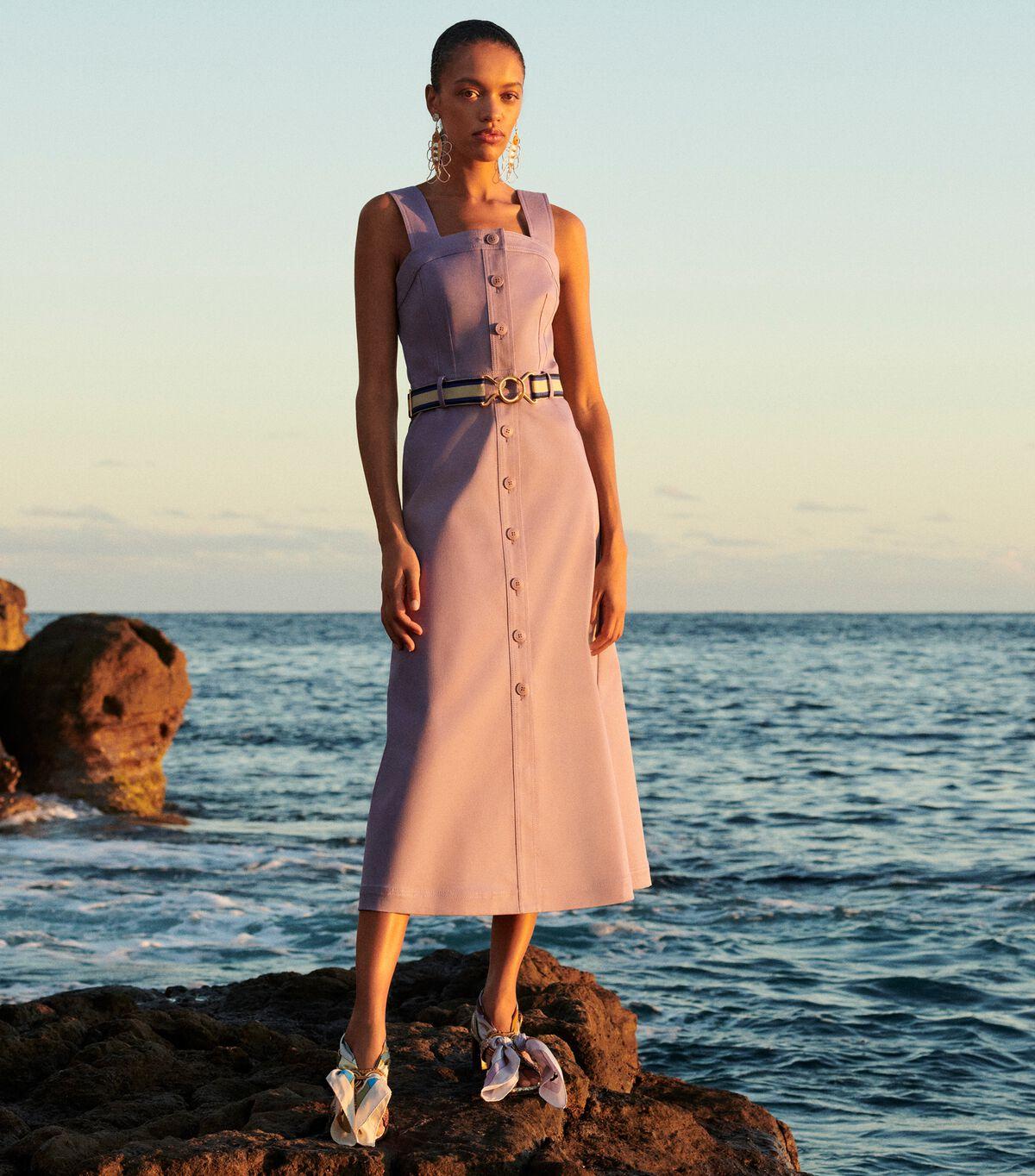 فستان الشمس بأزرار أمامية