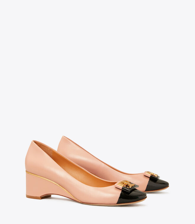 Gigi Round Toe Wedge