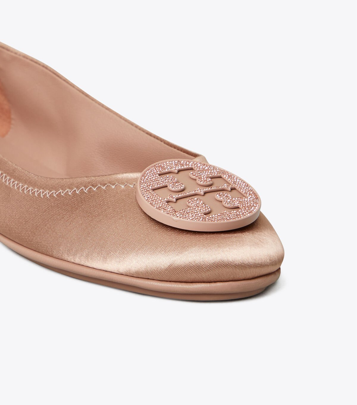 MINNIE TRAVEL BALLET WITH PAVE LOGO