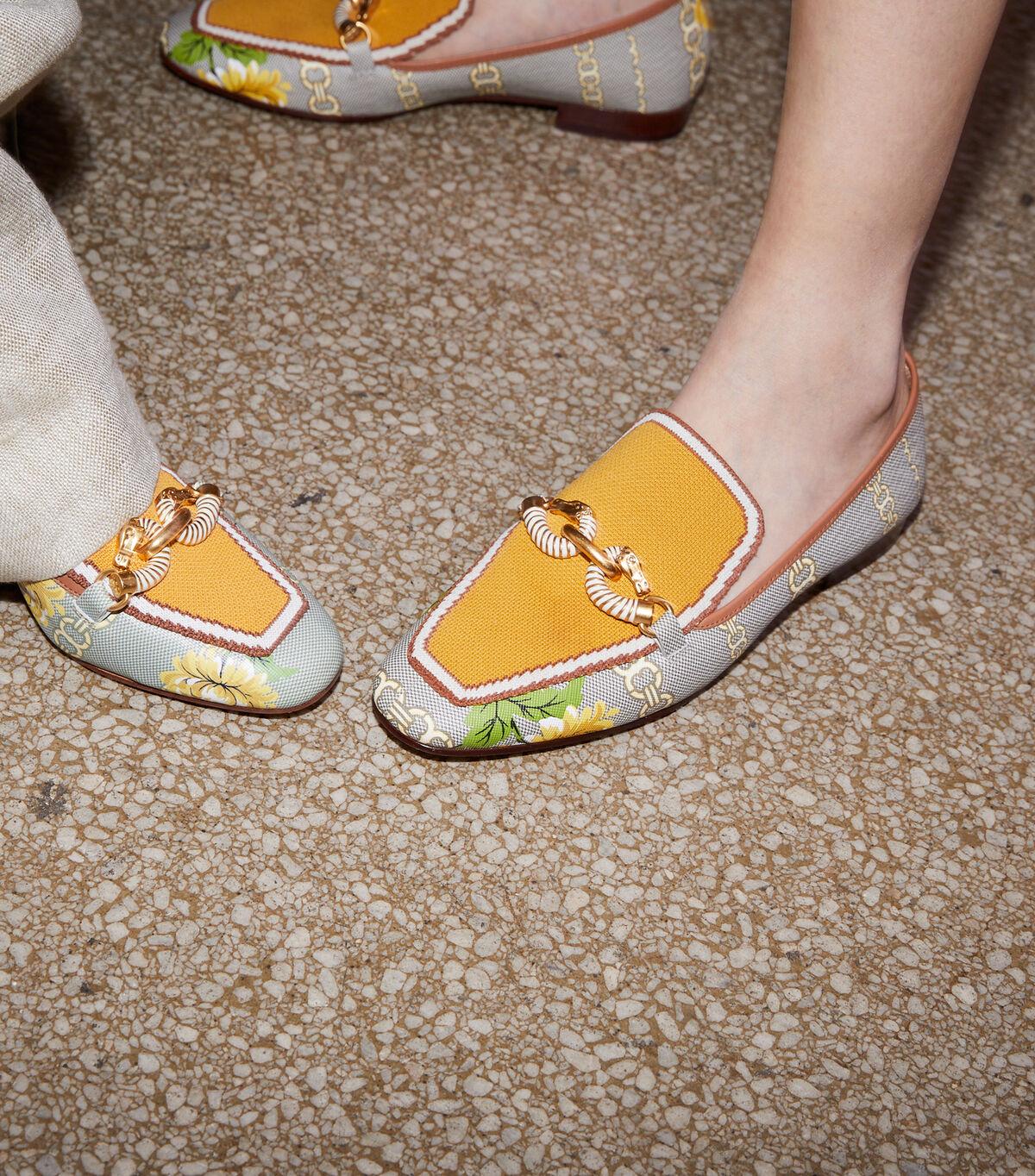 حذاء لوفر جيسا مطبوع